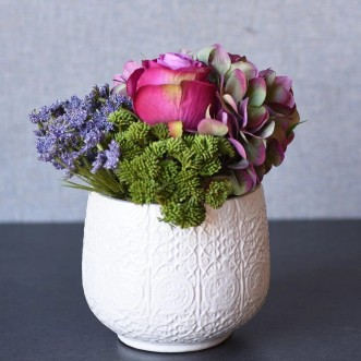 Contemporary Floral Arrangement-Hydrangea and Rose Insel