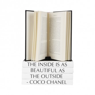 Elegance Is When... Coco Chanel 5 Volumes Stack Insel