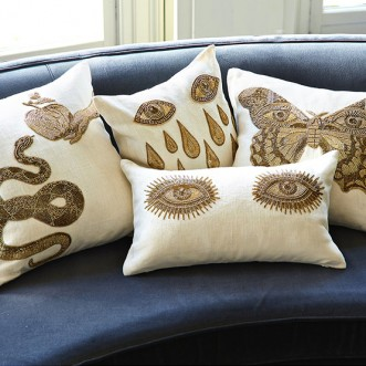 MUSE EYES THROW PILLOW Insel