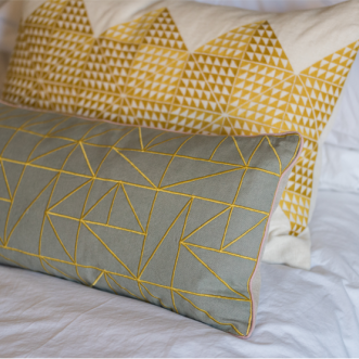 Linear Cushion - Chartreuse / Dove Grey Insel
